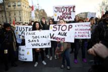 Heurts lors d'un rassemblement contre les violences policières à Paris, des lycées bloqués