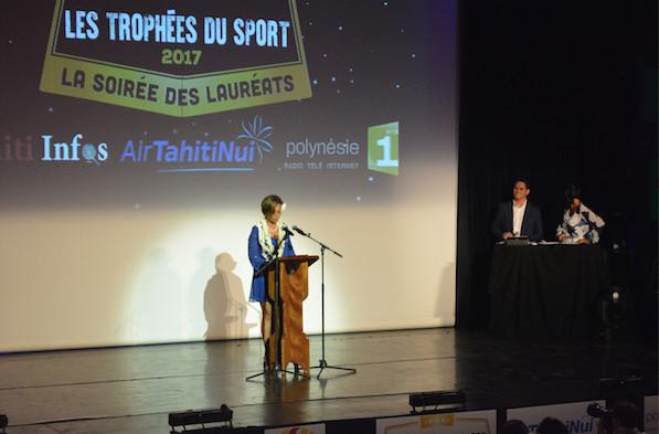 La soirée a été inaugurée par la Ministre de la Jeunesse et des sports, Nicole Sanquer