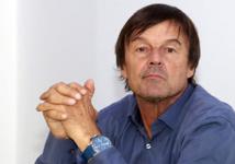 Présidentielle: Nicolas Hulot ne s'engagera derrière aucun candidat