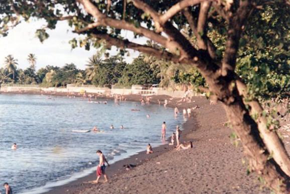 La plage du Taaone en 1965.