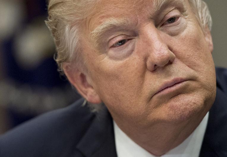 Trump va signer lundi une nouvelle mouture de son décret migratoire