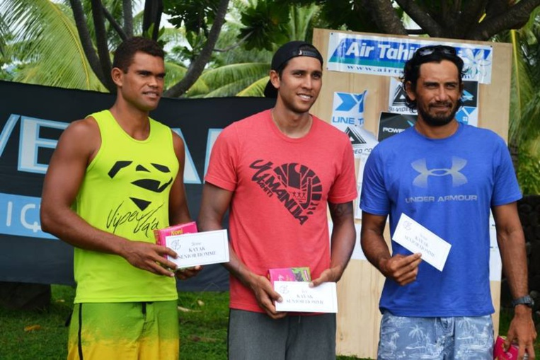 Le podium Kayak avec Hiromana, Jonathan et Moehau