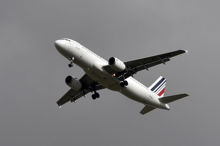 Air France: la négociation salariale reprend après un bref envahissement