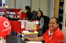 Depuis l'ouverture de son réseau et de sa 11ème boutique à Bora Bora, Vodafone Polynésie emploie 110 salariés. L'entreprise aux capitaux 100% polynésiens a investi 11 milliards dans l'économie locale depuis son ouverture en 2013.
