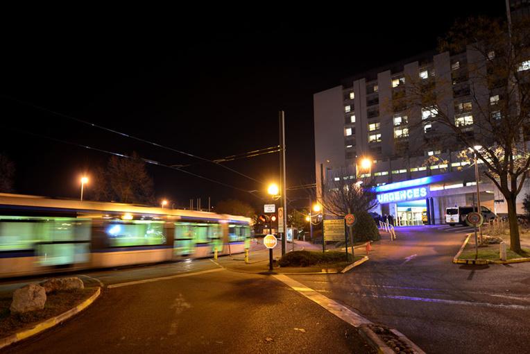 Un adolescent de 14 ans écrasé par un bus près de Grenoble
