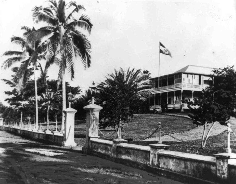 Le palais du gouverneur à Apia. C'est là que travailla et résida Solf.