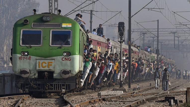 Un fermier indien reçoit un train en dédommagement