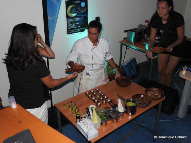 La Polynésienne Kirahu Chavez, 25 ans, a offert, en direct, une très belle démonstration de mets anti-gaspillage.