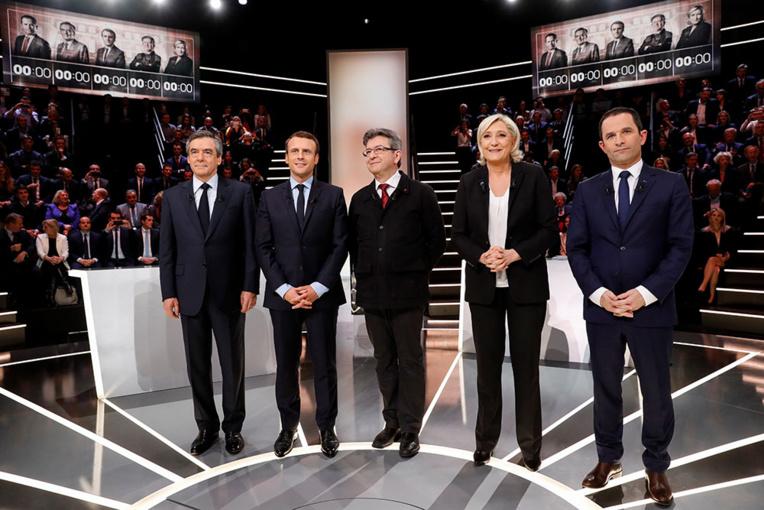 Présidentielle: la campagne enfin lancée, les affaires occultées