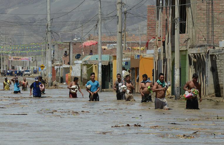Huarmey, petite ville du Pérou prisonnière de la boue