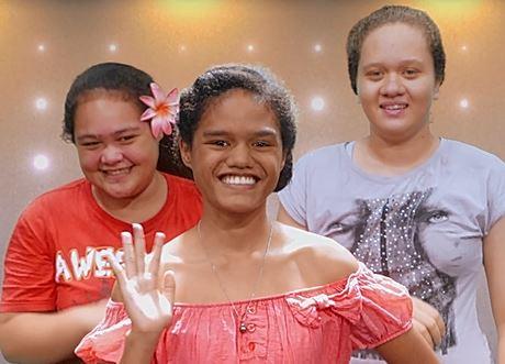 """Ces trois jeunes filles de 14 ans qui forment """"Les dingos"""" ont eu le courage de se présenter dans la nouvelle catégorie """"Teen""""."""