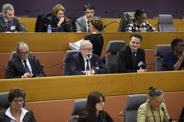 Assistants parlementaires: un courriel saisi par les enquêteurs fragilise le FN