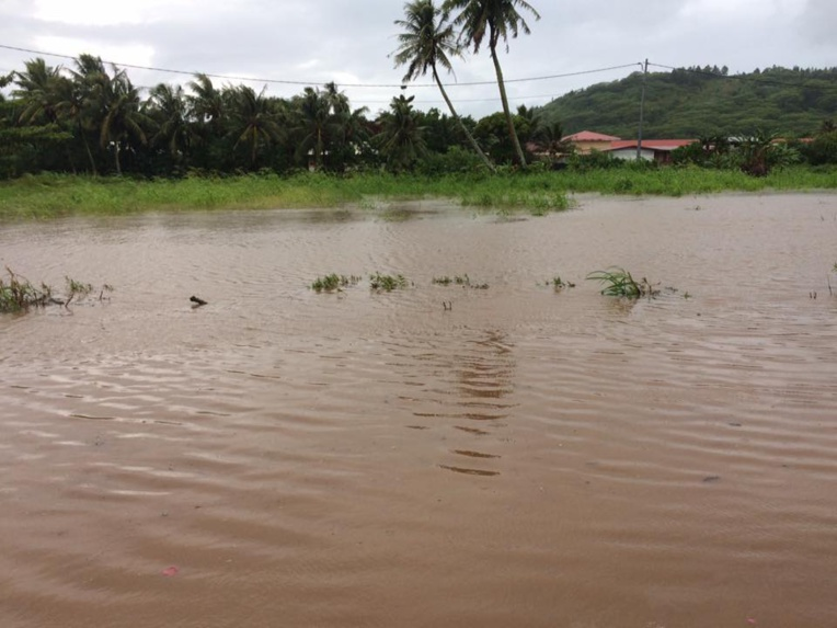 À Tubuai, des inondations ont été constatées également.