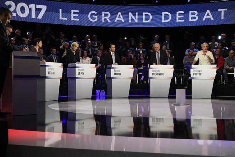 Présidentielle: la campagne repart de plus belle après un débat à onze jugé globalement réussi
