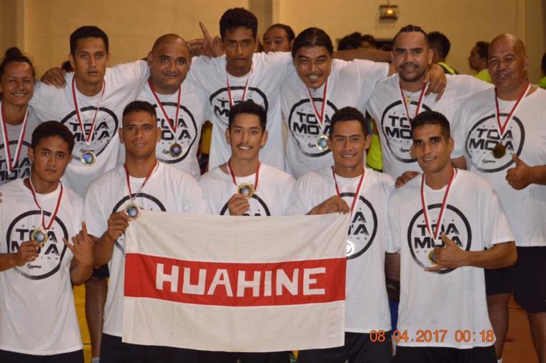 Fare, de Huahine, remporte le challenge chez les hommes