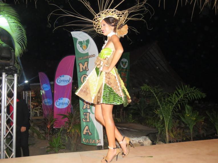Nanihi Maau-Teihotaa a été distinguée du prix du meilleur costume végétal.