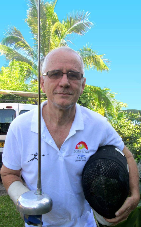Jean Cuneo, escrimeur de 64 ans, qui prouve qu'il est possible à n'importe quel âge de décrocher des médailles à l'international