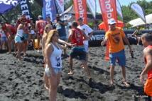 16-Stéphane Lambert encourage les participants pour un sprint final, après leur avoir déjà demandé un effort considérable
