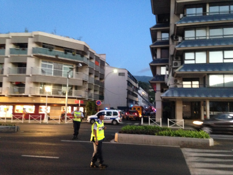 Un appartement en feu rue Cook, les résidents évacués