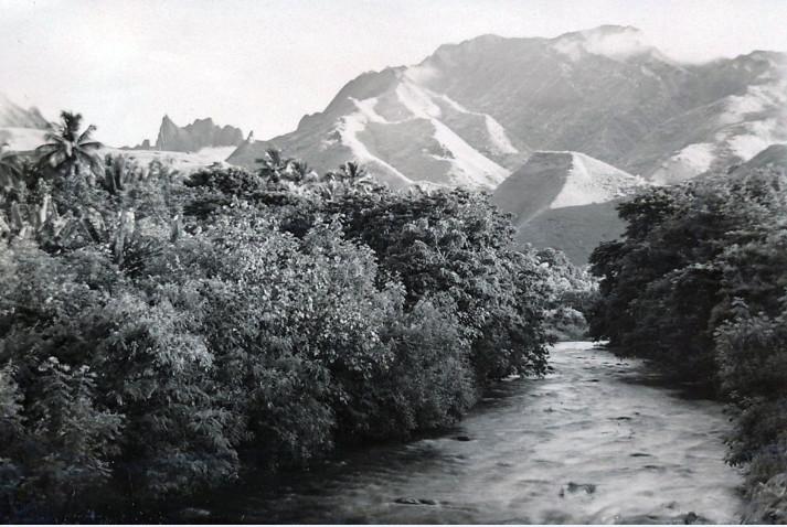 La vallée de la Fautaua en 1940. Photo Paul-Isaac Nordmann