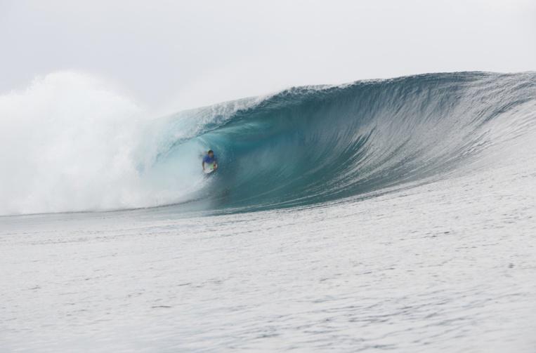 La compétition a débuté avec de belles vagues