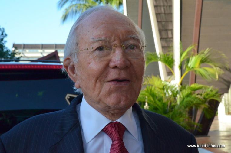 Gaston Flosse et 21 complices, dont Edouard Fritch, sont définitivement condamnés à rembourser 231 509 642 Fcfp  de débets au budget du Pays, pour des rémunérations irrégulièrement versées entre 1996 et 2004.