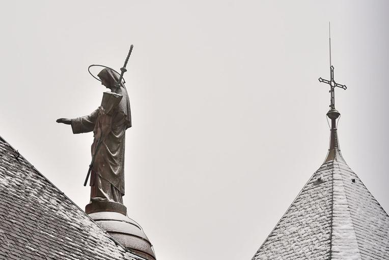 L'Eglise face au second tour: embarras de l'épiscopat, tensions chez les fidèles