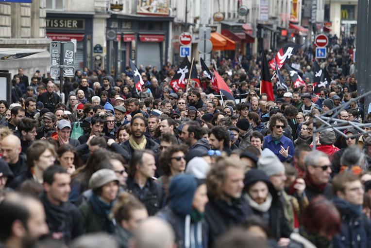 Face au FN, un 1er-Mai syndical bien moins mobilisateur qu'en 2002