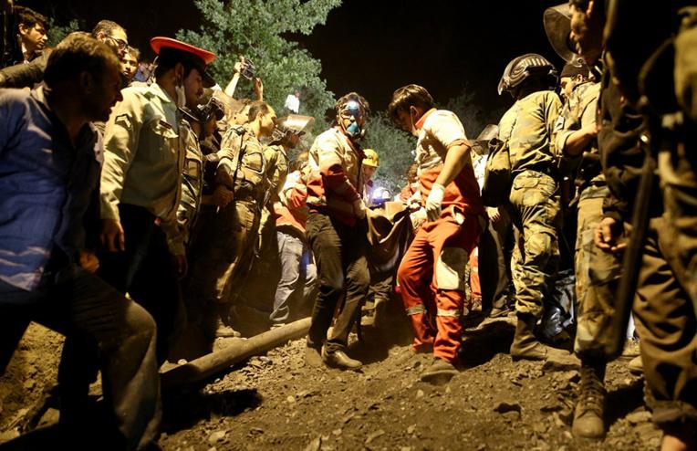 Iran: 22 morts dans une mine, peu d'espoir de retrouver des survivants