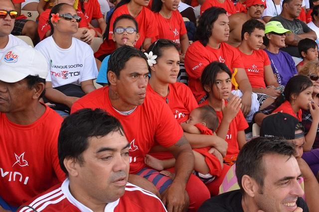 Les Polynésiens derrière les Tiki Toa lors de la finale (photos)