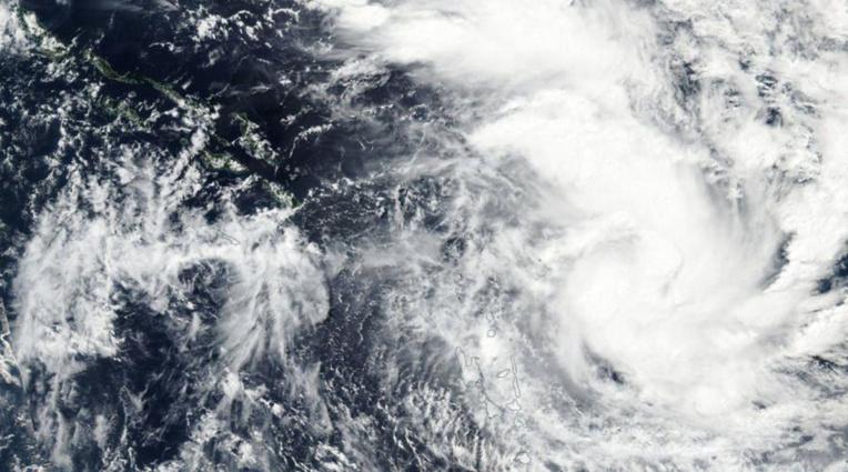 Nouvellle-Calédonie: le cyclone Donna faiblit, levée des alertes à Nouméa