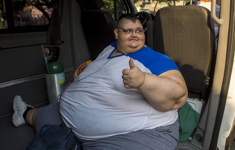 Ablation partielle de l'estomac pour l'homme le plus gros du monde