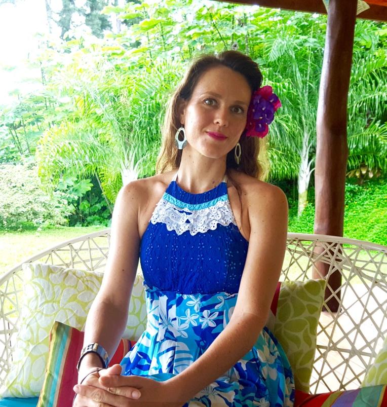 Tvaite expose ses toiles à Tahiti pour la première fois