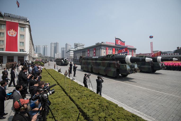 Le nouveau missile peut porter une charge nucléaire, selon Pyongyang