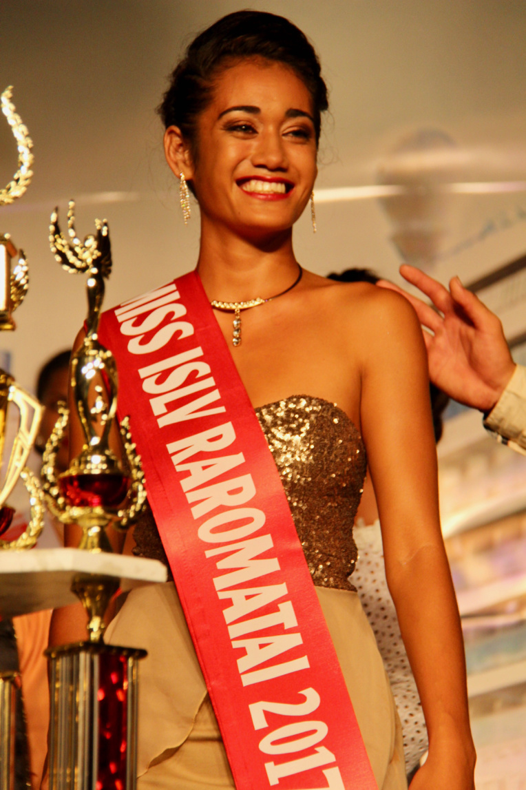 La superbe Tahito Purotu, Miss ISLV Raromatai 2017, est une vahine de Huahine.