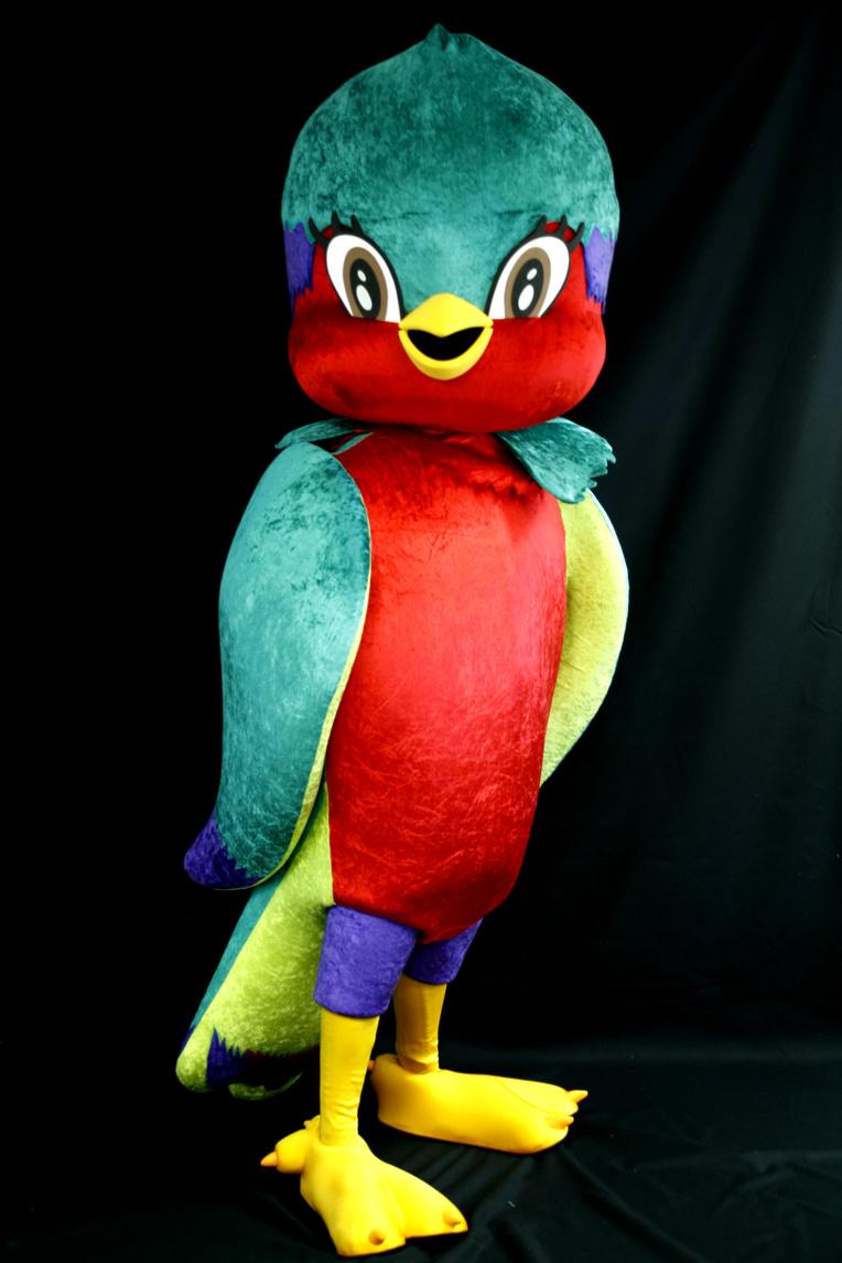 """La mascotte """"Vik'ura"""" de taille humaine a fait sa première apparition publique lors des Trophées du Sport organisés par Tahiti Infos."""