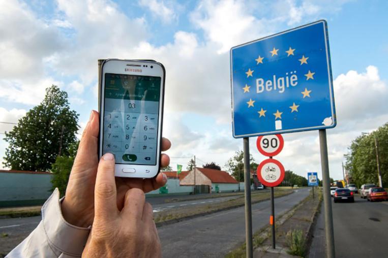 Itinérance: plus de facture de mobile gonflée pour les Européens en vacances