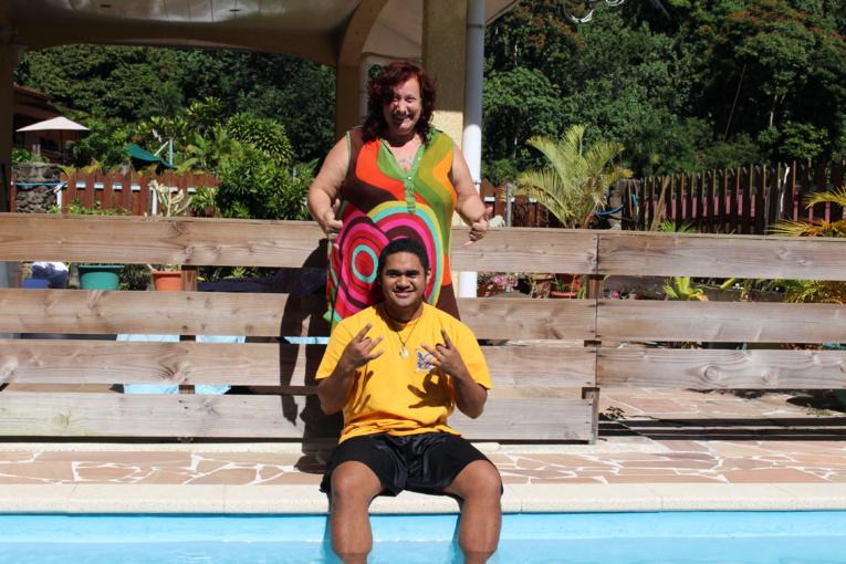 Teiki, le vainqueur du Tahiti comedy show, est rentré de Paris