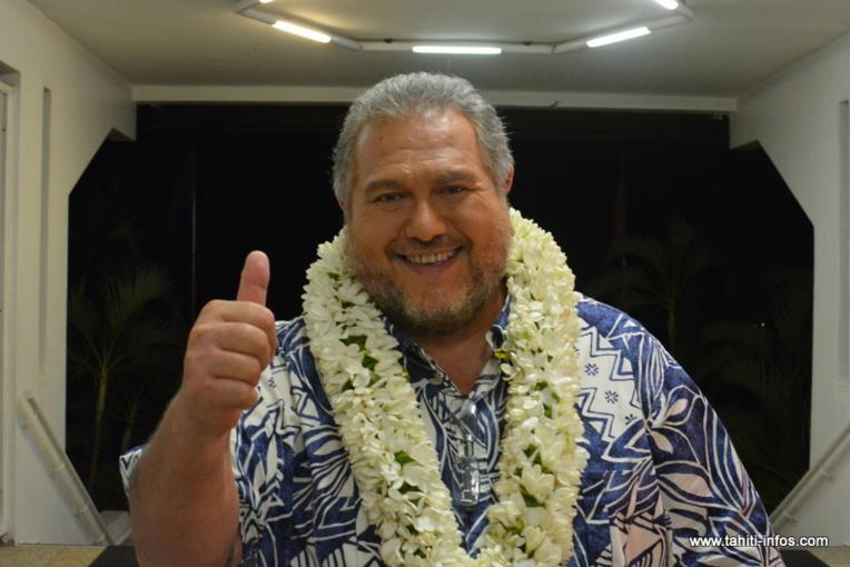 Le candidat Tavini Huiraatira Moetai Brotherson est élu député de la 3e circonscription polynésienne grâce aux voix du Tahoera'a Huiraatira.