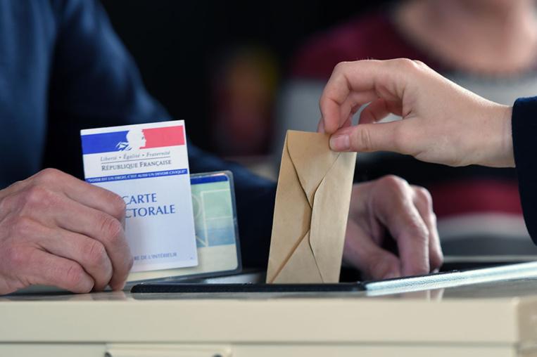Outre-mer: pas de vague en Marche, Girardin et Bareigts réélues