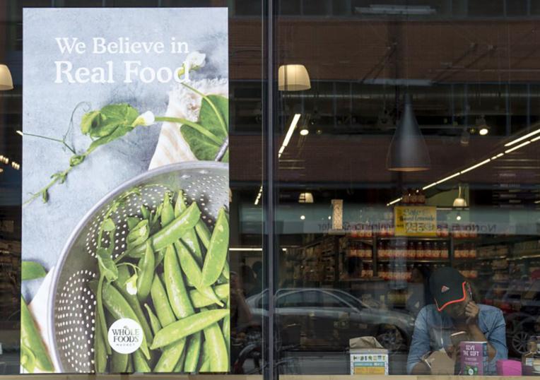 Amazon, de la vente de livres aux supermarchés bio