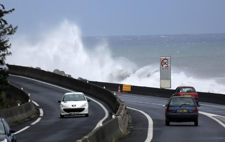 La Réunion: Les auditions se poursuivent dans l'enquête sur la nouvelle route du littoral