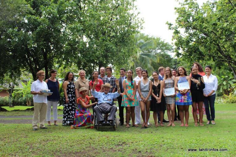 Les collégiens ont été récompensés par le jury du concours et les autorités du Pays et de l'Etat.