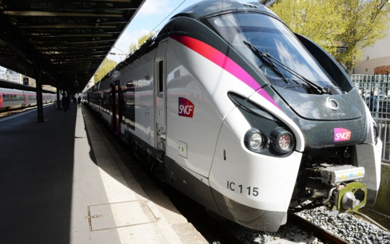 Ivre, un conducteur de train loupe son arrêt en gare de Nevers