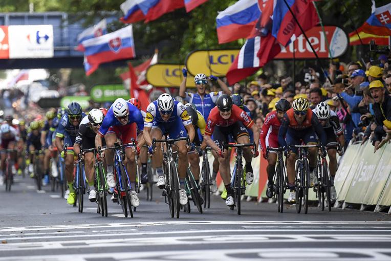 Tour de France - Des favoris à terre et le sprint de Kittel