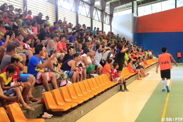 Le public était en folie dimanche après midi à Titioro