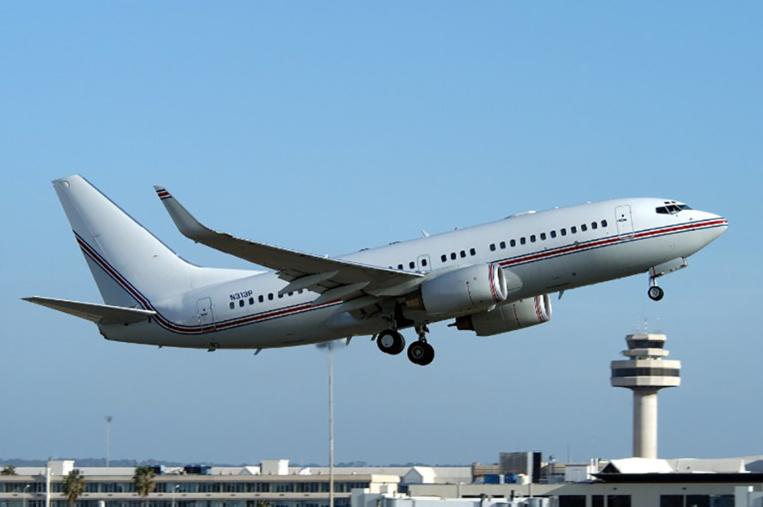 Espagne: les Baléares demandent l'interdiction de l'alcool en avion