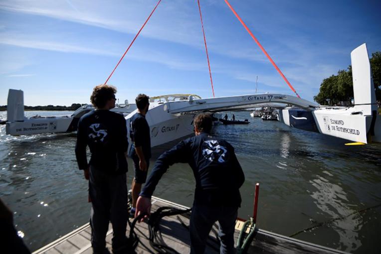"""Le """"magnifique"""" bateau Maxi Edmond de Rothschild a pris son premier envol"""
