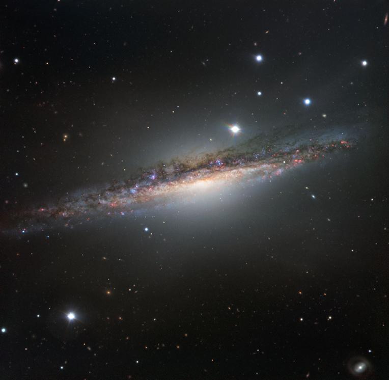"""Détection d'""""étranges"""" signaux radio en provenance d'une étoile proche"""
