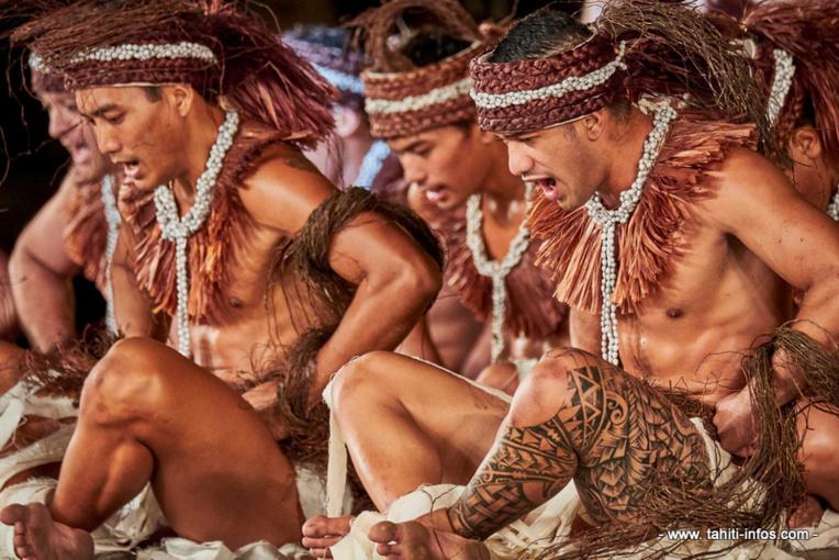 Les danseurse de Nuna'a e hau (crédit : mairie de Faa'a)